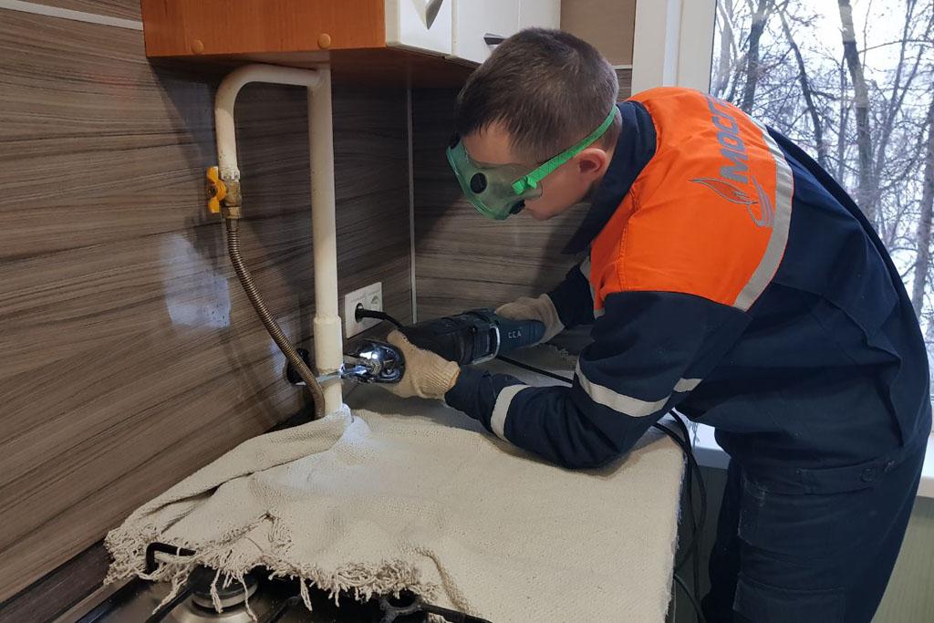 Выполнение работ по переделки газовой разводки